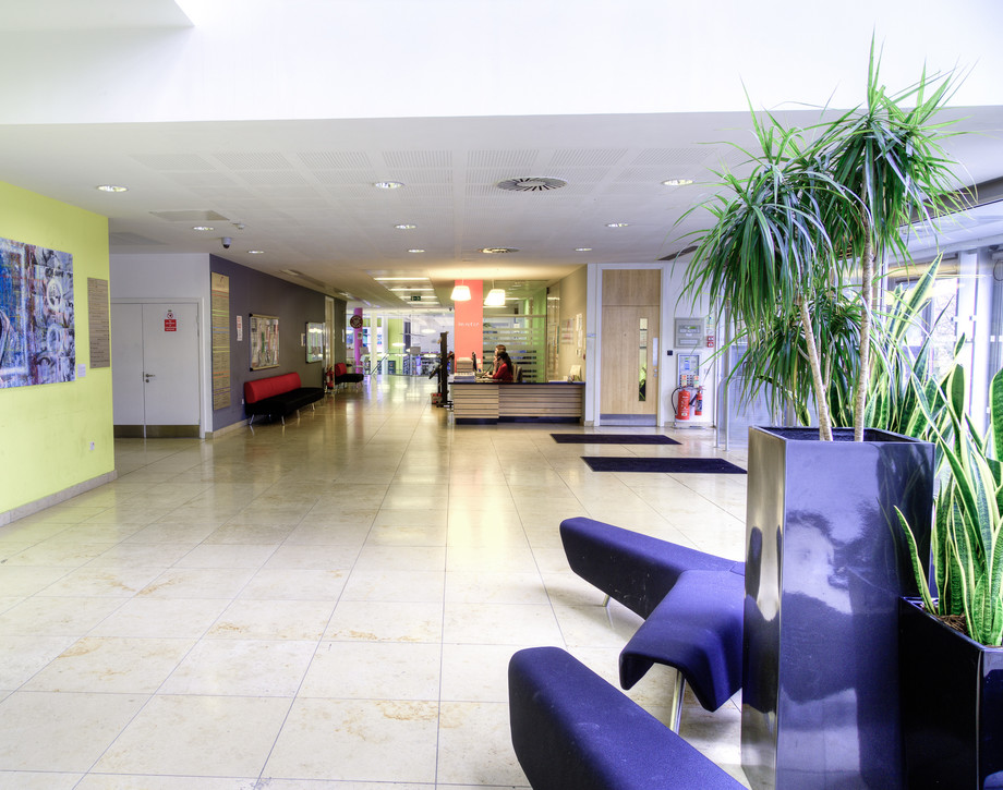 Anniesland Campus Main Foyer Area