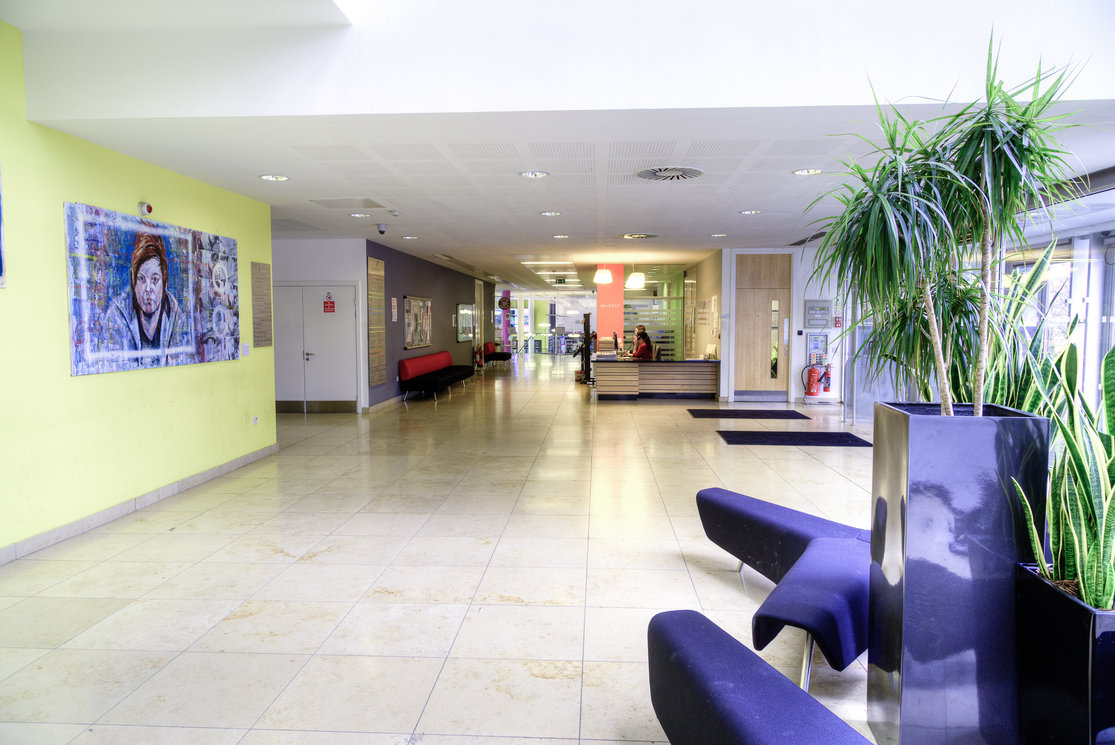 Glasgow venue hire anniesland main foyer gallery