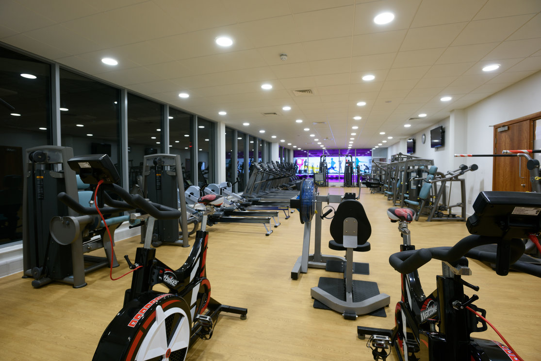 Langside gym with equipment gallery