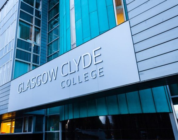 exterior of anniesland campus